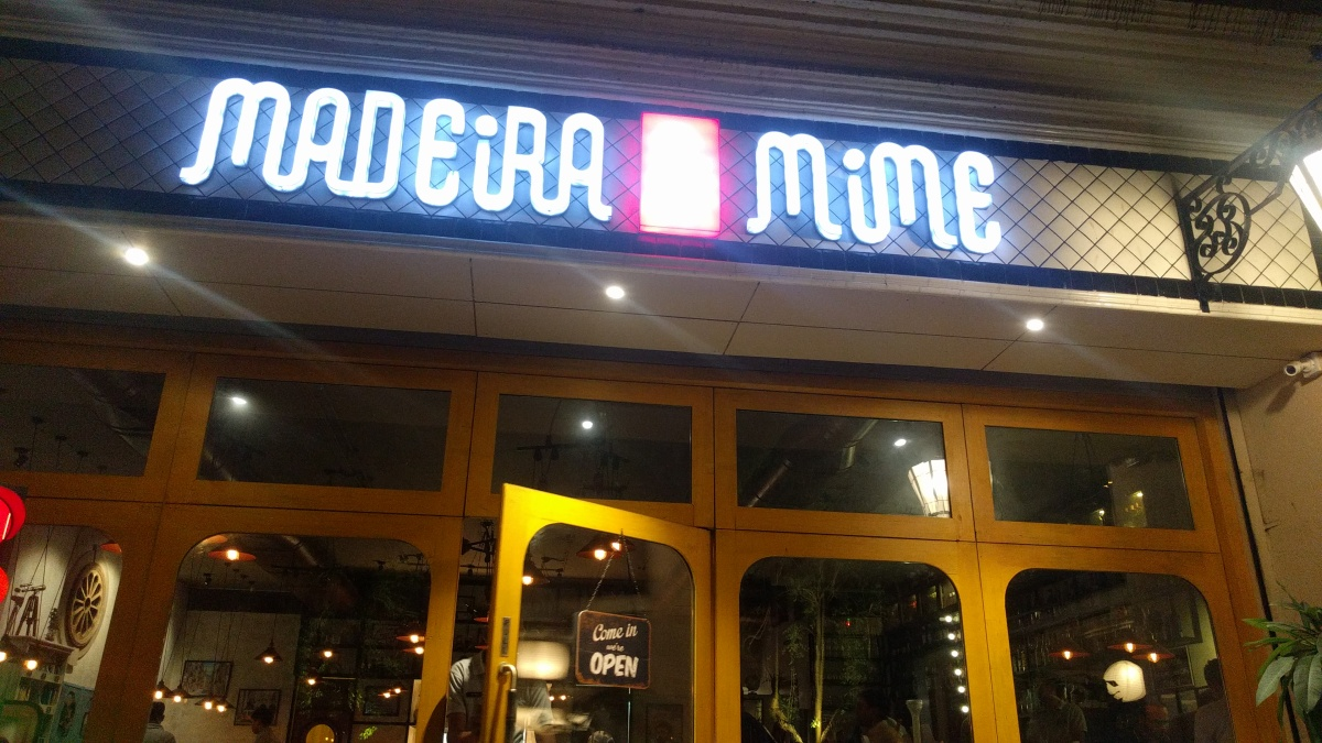 Madeira & Mime : Drink and Enjoy, Food does the talking here